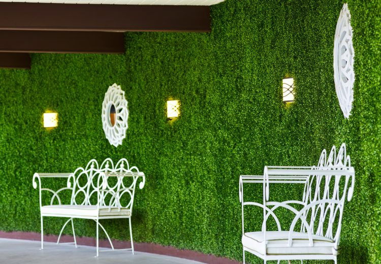 riviera_greenwall_26642